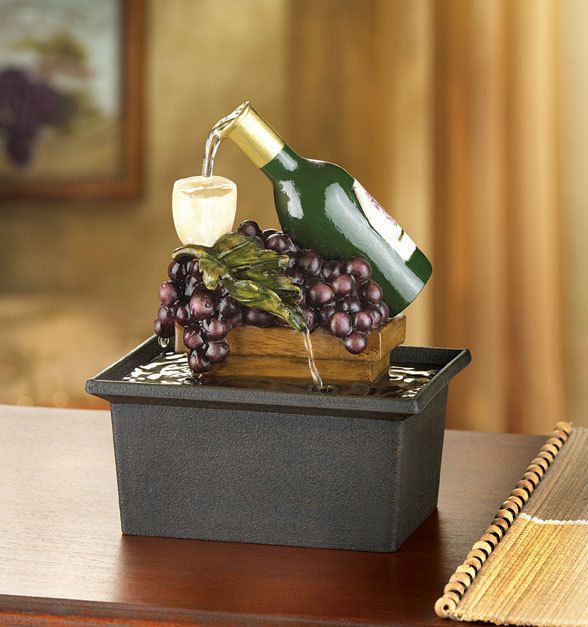 FOUNTAIN WINE BOTTLE GLASSES GRAPES GRAPEVINE TABLE TOP NEW!